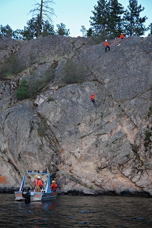 Cliff rescue training on Okanagan Lake